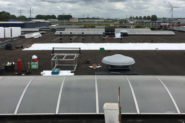 Renovatie dak HSV Moulded Leeuwarden